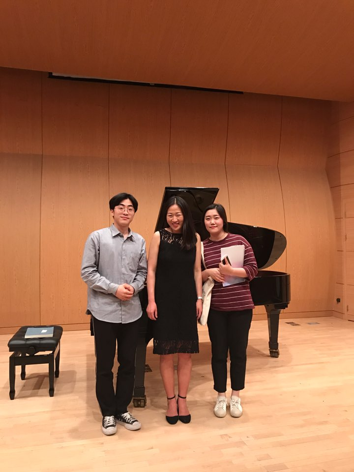 With masterclass pianists at Honam Christian University,S. Korea