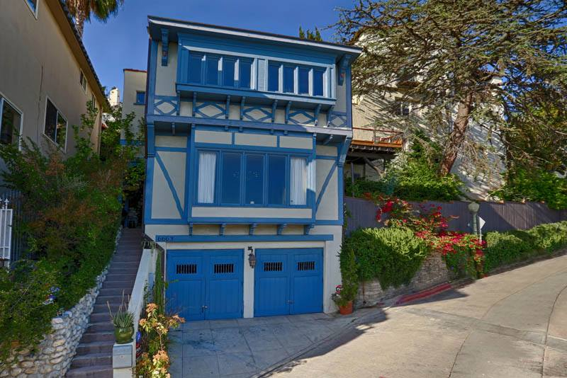 6663 Bonair place, Hollywood hills    listed for $789,000/sold for $799,000