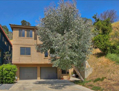 708 Ganymede Dr., Mount Washington     LISTED FOR $899,000 Sold for 987,000