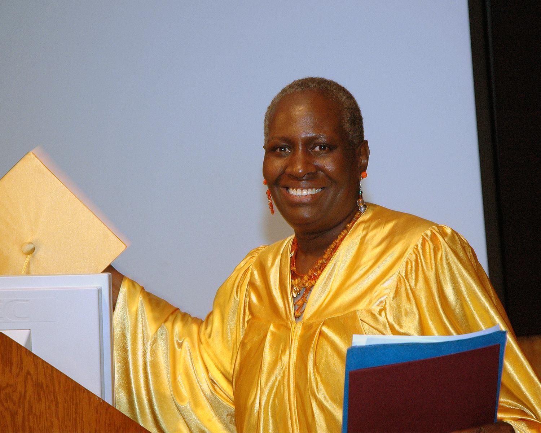 Peer Graduate Testimonial / Belinda Chandler