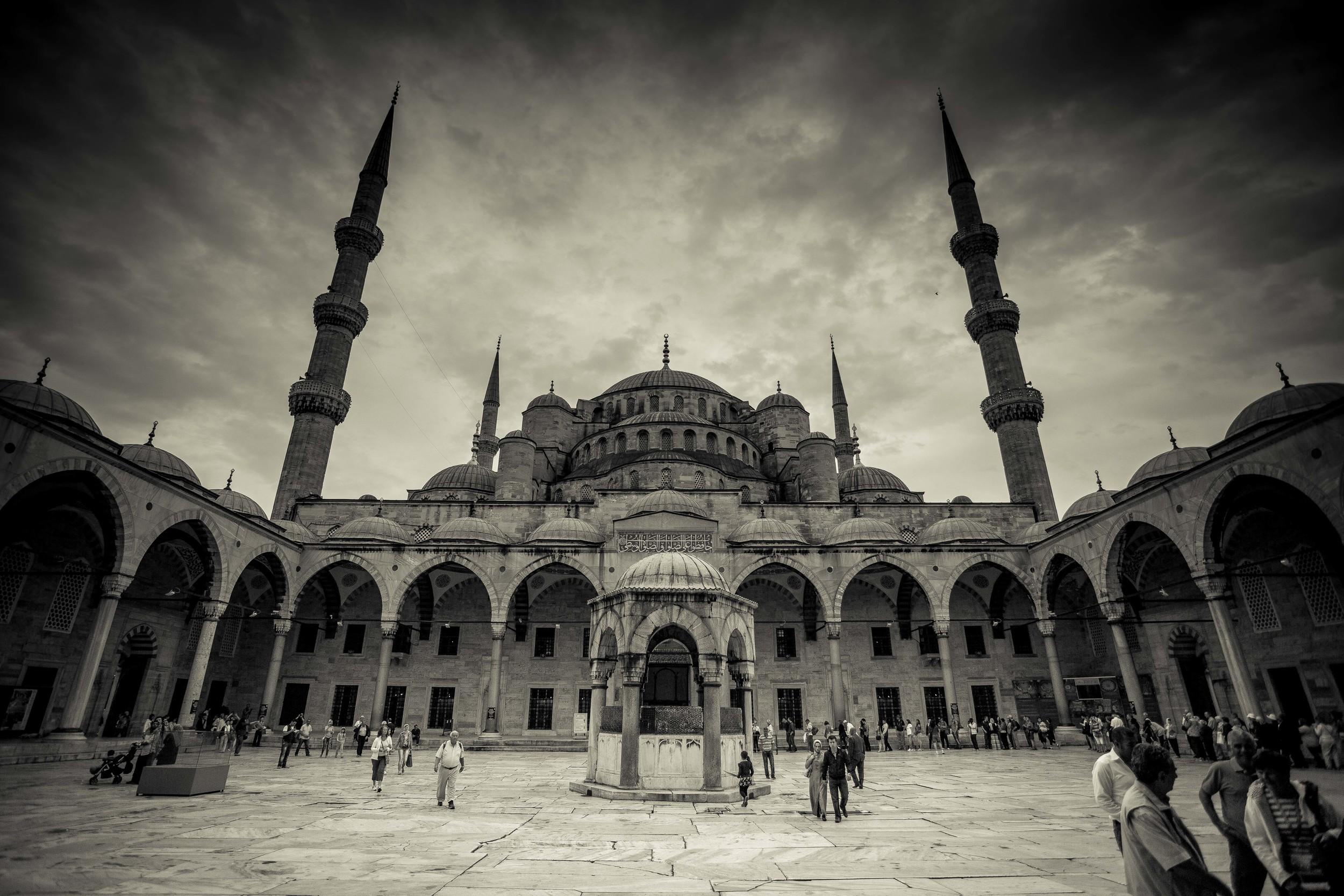 grand mosque Turkey (1 of 1).jpg