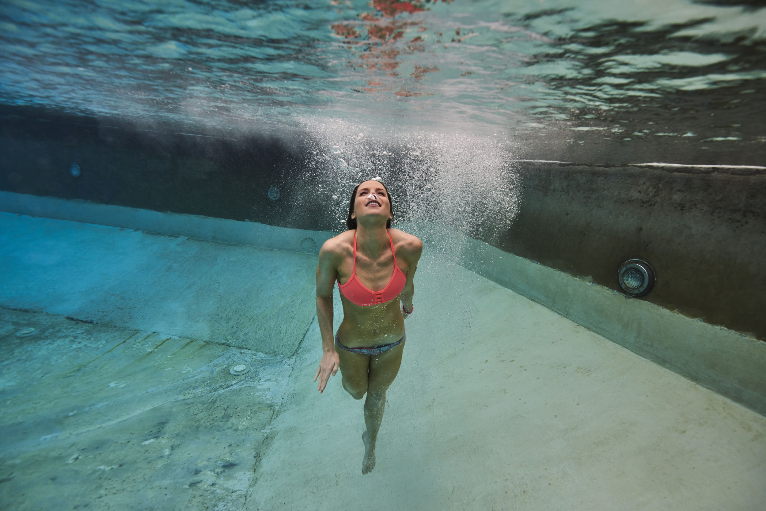 Underwater vertical swim.jpg