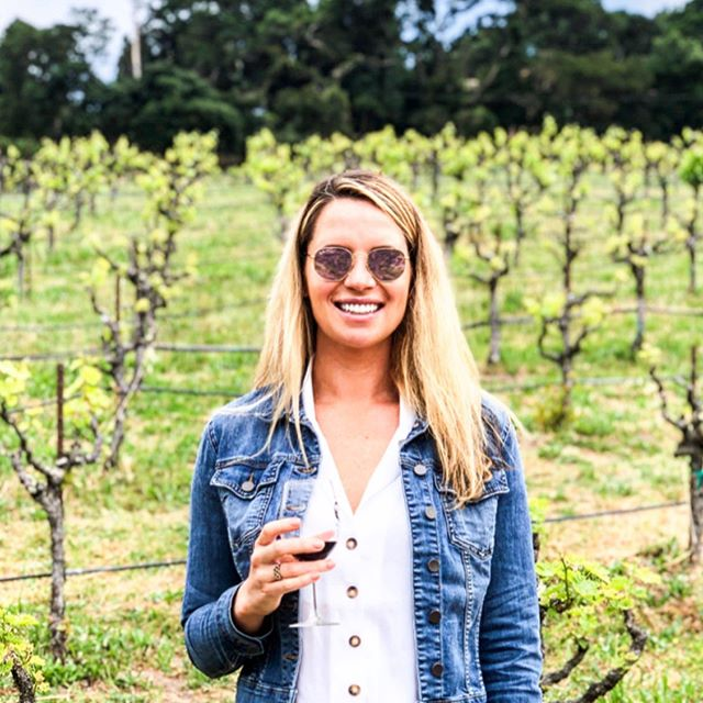 I love *attending* summits every year to learn and gather inspo for Lead 👏 👀 The #circularsummit in Sonoma last week was the absolute best event I've been to and brought together a group of inspirational and innovative women. Also, I'm always down for wine on a Tuesday 😎🍷 #winenot #womenssummit #helloalice