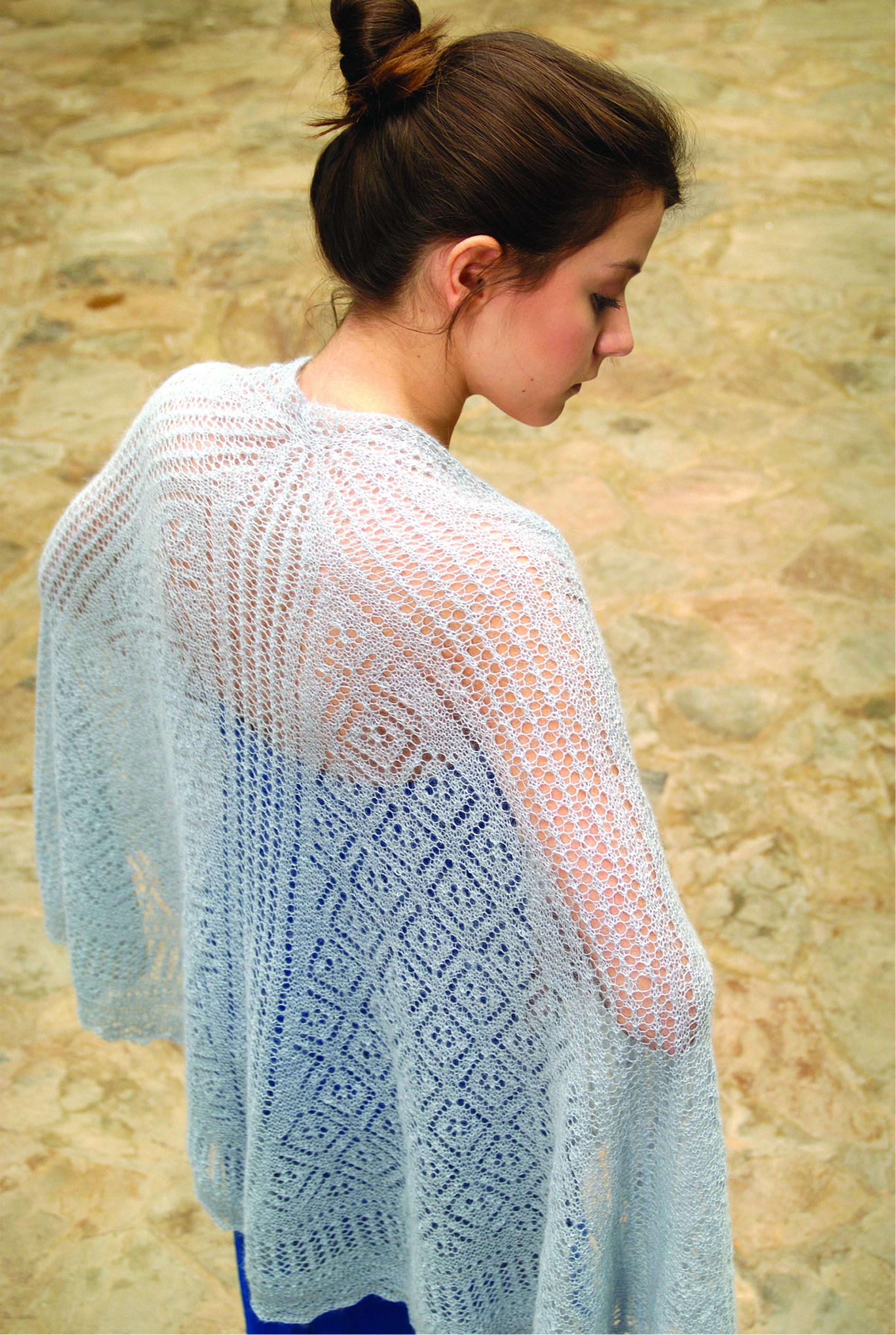 Unicorn shawl girl.jpg