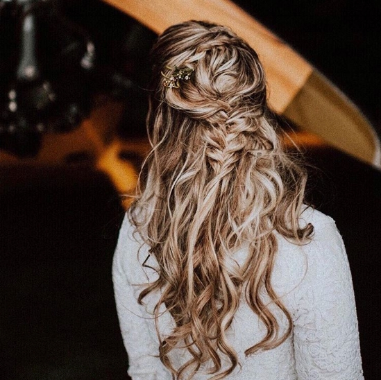 Leo Bridal Hair Inspo - photo// @veinandvessel  - makeup+hair//  @eyedostl  - dress//  @kirstenpaige