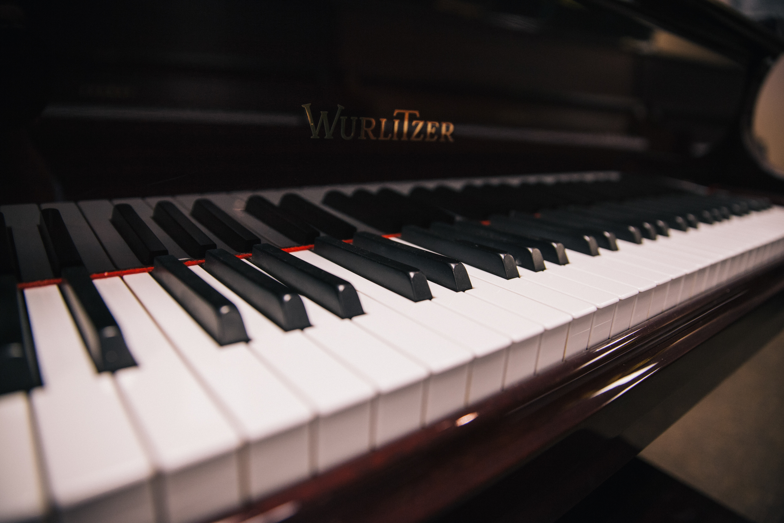 <span>Piano</span> Cost