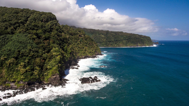 the road to Hana Tour, on the East side of Maui, Hawaii with Epic Experience Maui Adventure Tours Company
