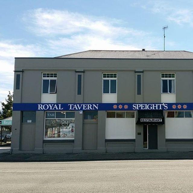 Welcome to the gram! 📸 : @royal__tavern__waimate  #waimate #royaltavern #explorewaimatedistrict#kiwipub