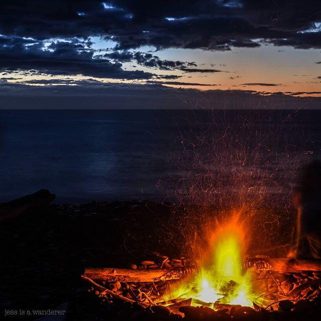 Morven Beach❤️ 📸@jessisawanderer  #explorewaimatedistrict #morven #driftwoodfire