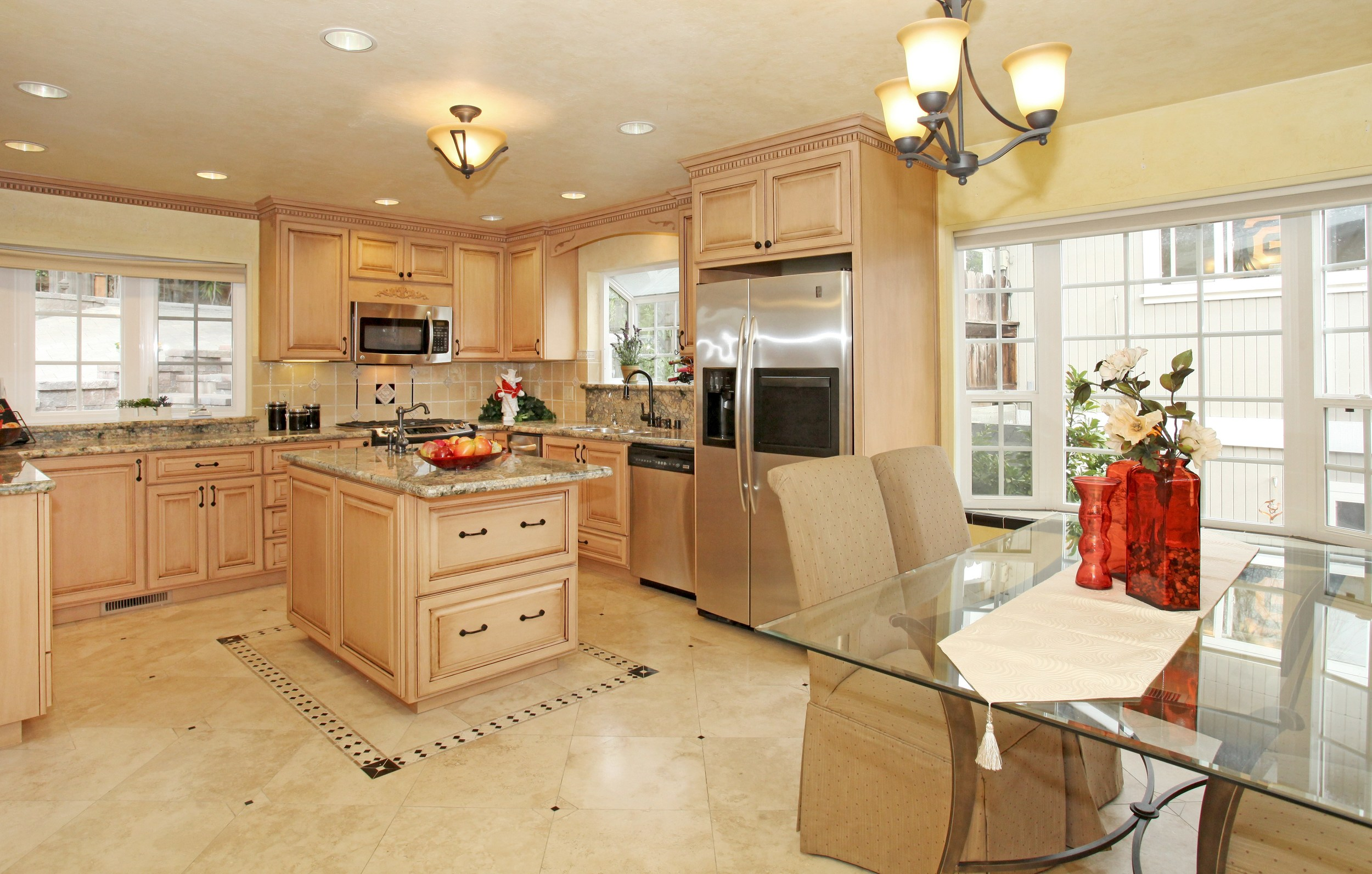 007_Kitchen and Dining Room .jpg