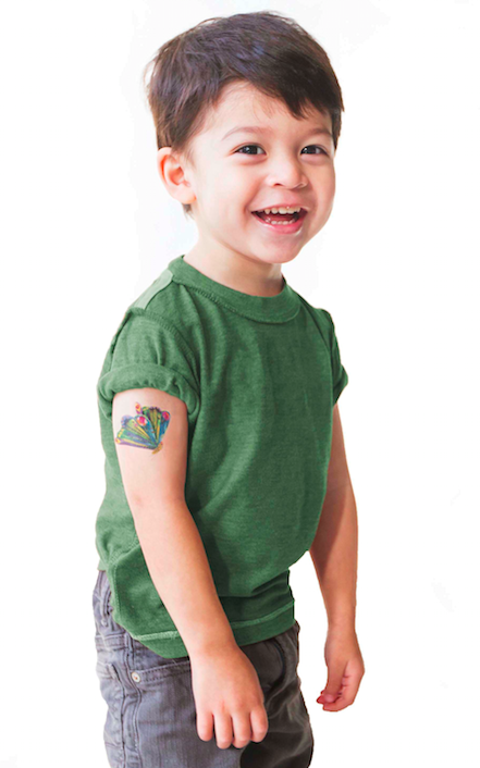 tattly_eric_carle_fluttering_butterfly_press_applied_01.png