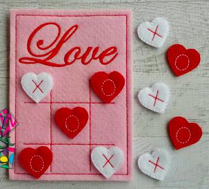 TCPassionateStitches on Etsy Valentine Felt Tic Tac Toe 2, $15-