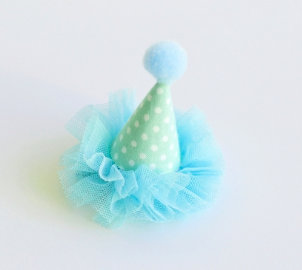 Me Oui Party Hat Hair Clip, $18-