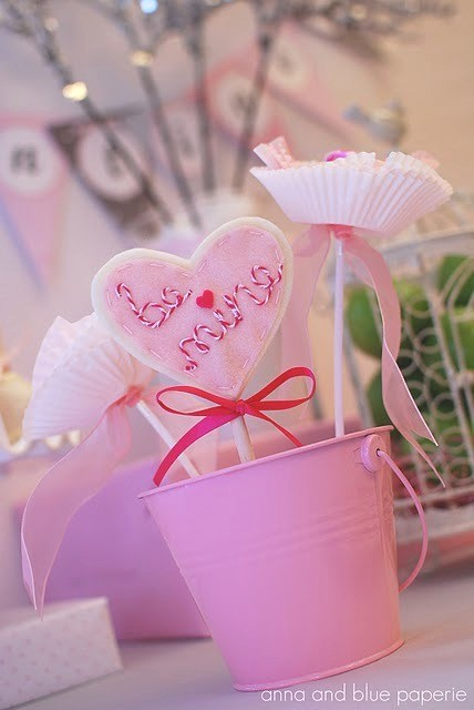 Valentine's Day gift and outfit ideas for children