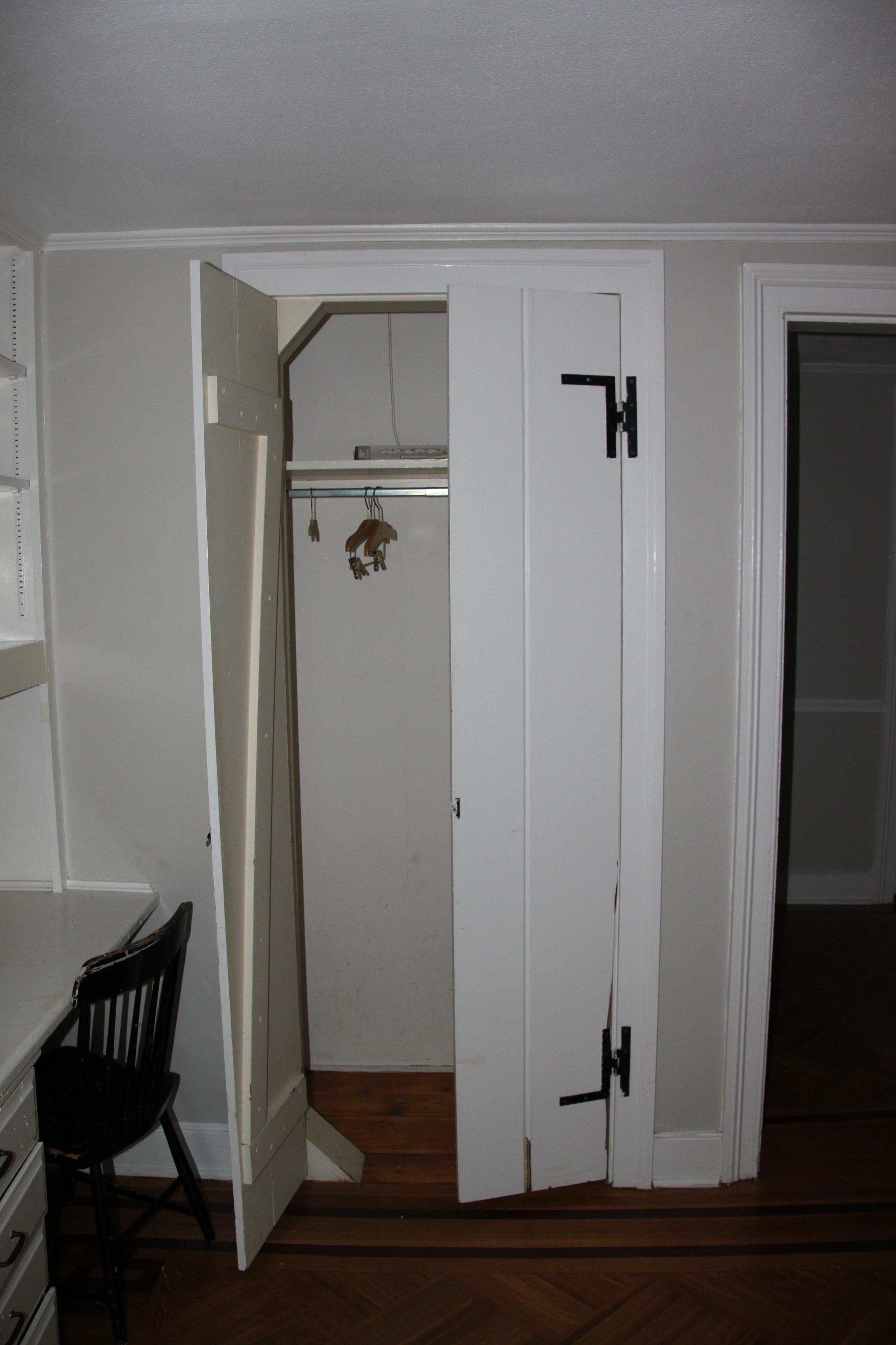 Greer Room Before.JPG