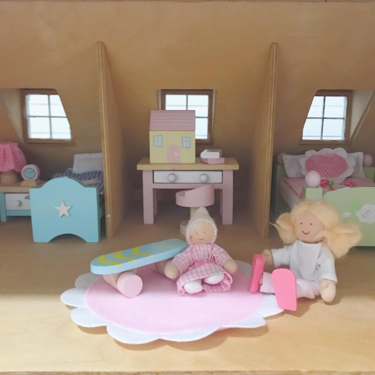 Dollhouse 7.jpg