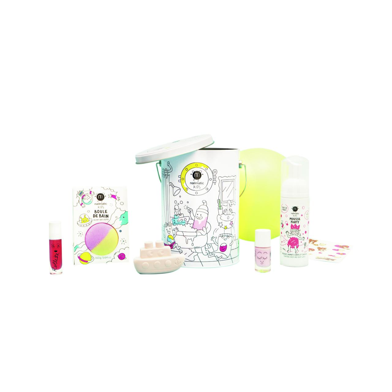 NMK_MAGIC BOX_WHITE BAKGROUND_PRINT.jpg