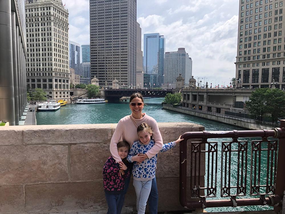ALEX + HER GIRLS IN CHICAGO
