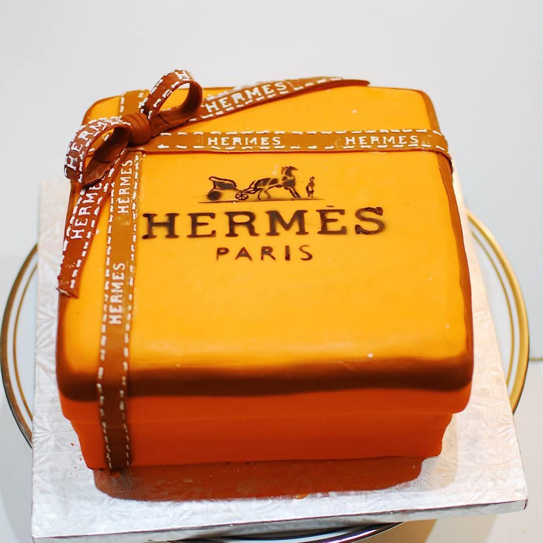 daango - personalize - cake - hermes.jpg