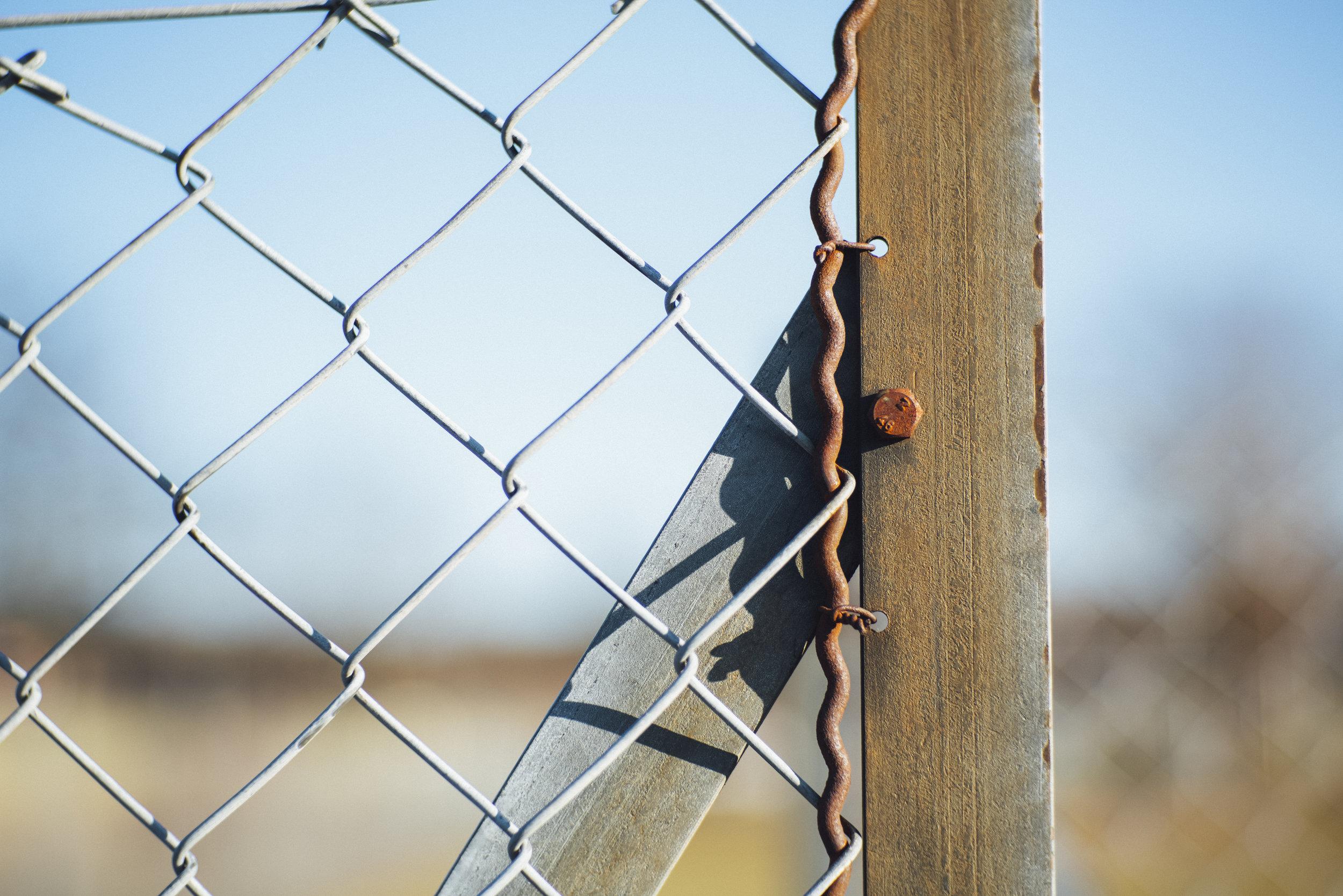 border fence barbwire