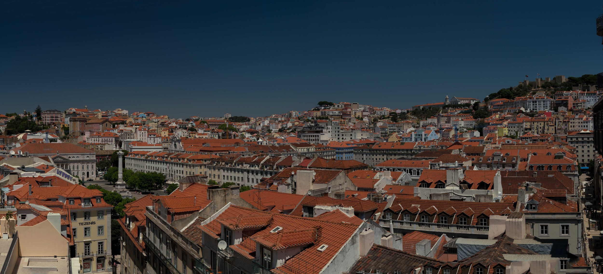 Untitled_Panorama2_sRGB_CO_Relative_Lisbon Overview.jpg
