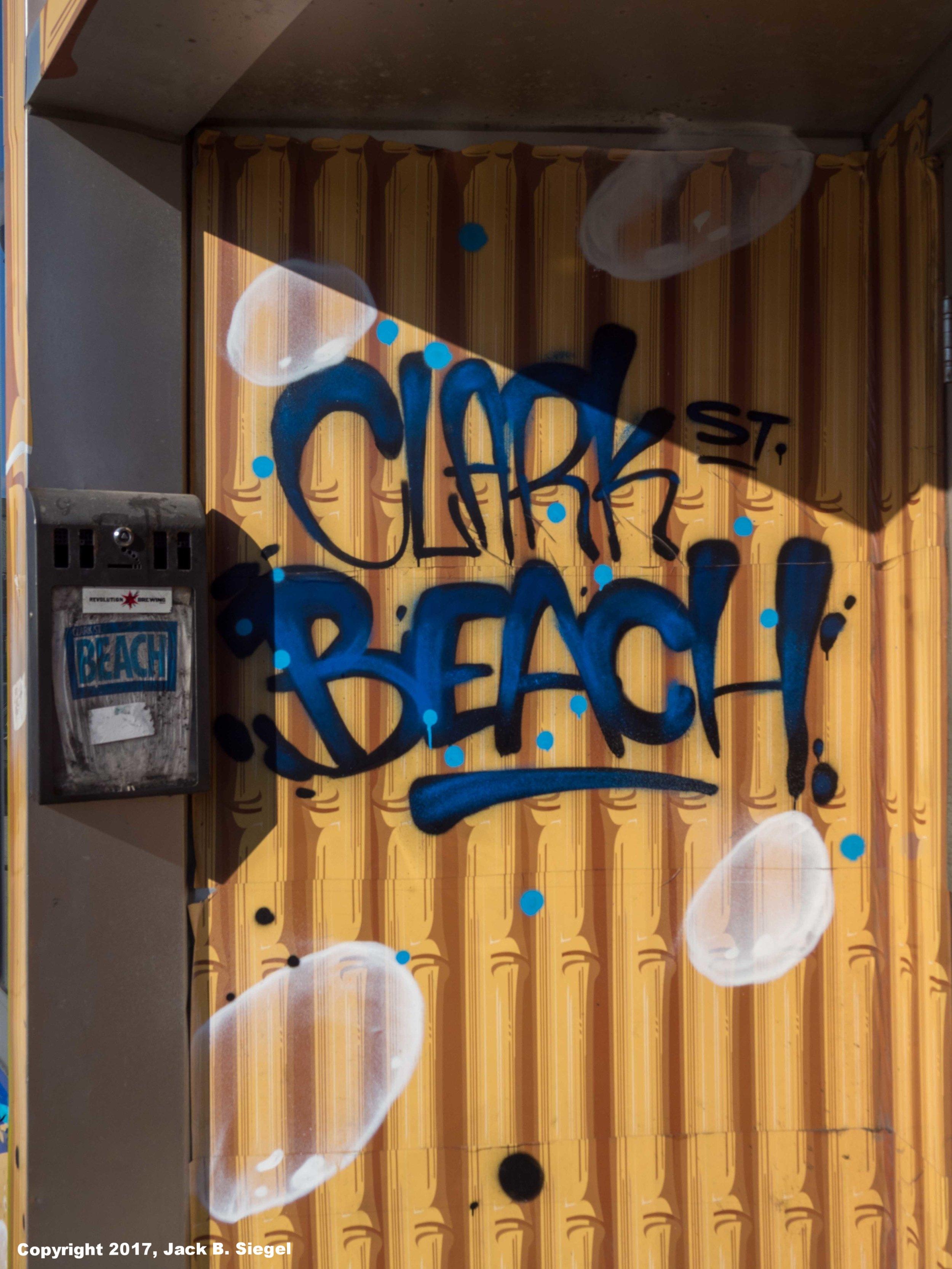P2260084_sRGB-04_Relative_Clark Street Beach.jpg
