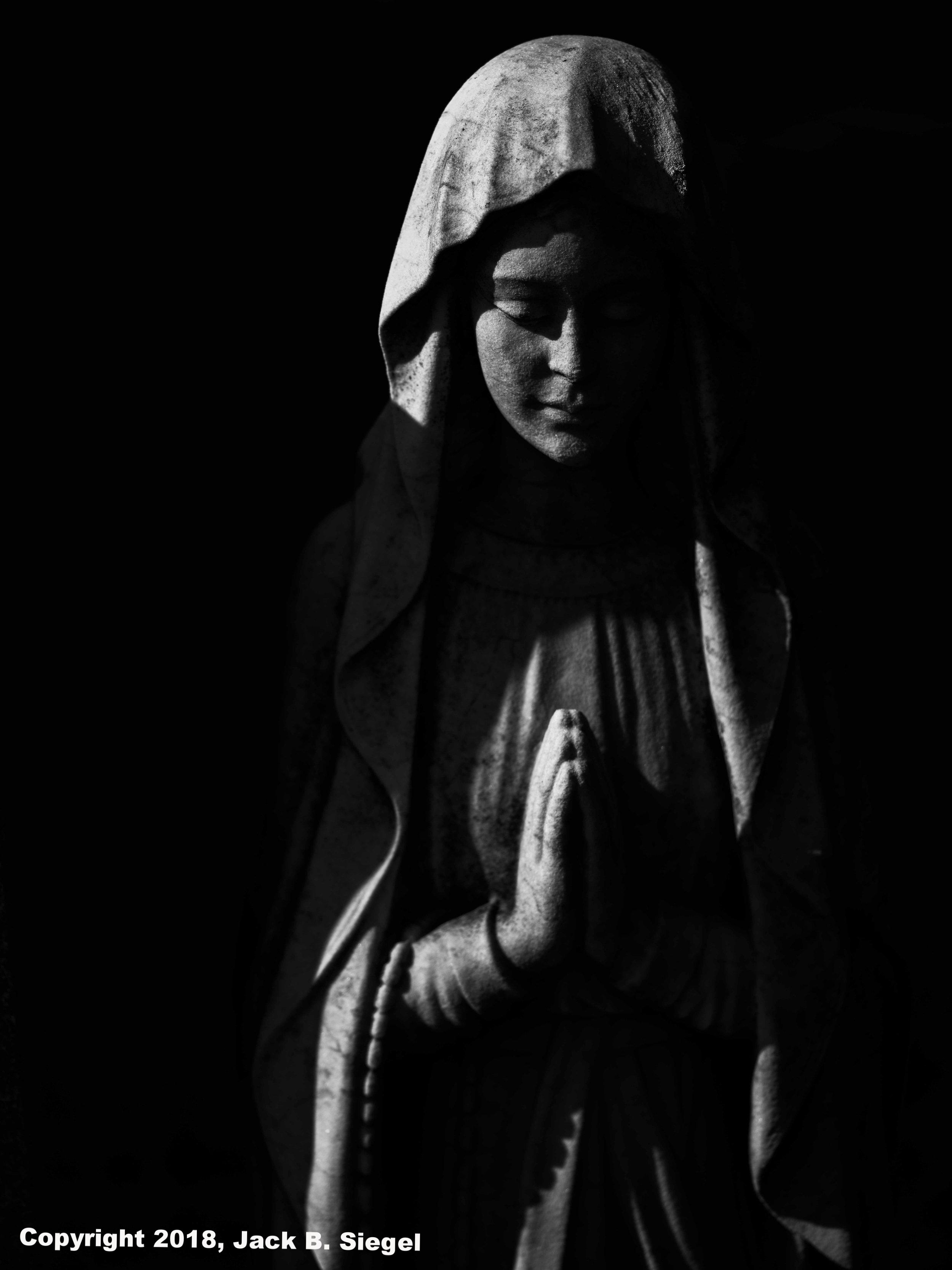 _DSF7840-Edit_Copyright_sRGB_Relative_Forest Home Cemetery- Eternal Prayer.jpg