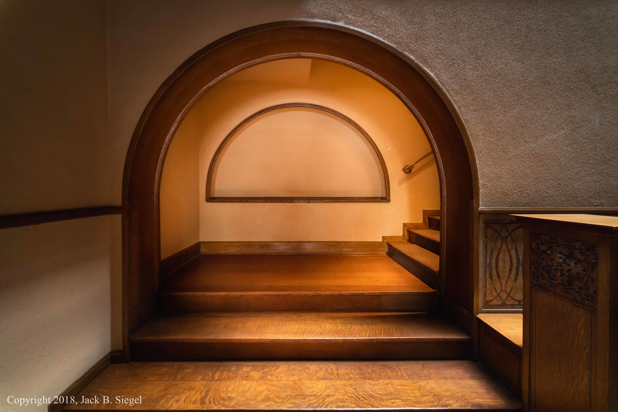 _DS22300PS__Copyright_Charnley House- First Floor Entrance to Stairway.jpg