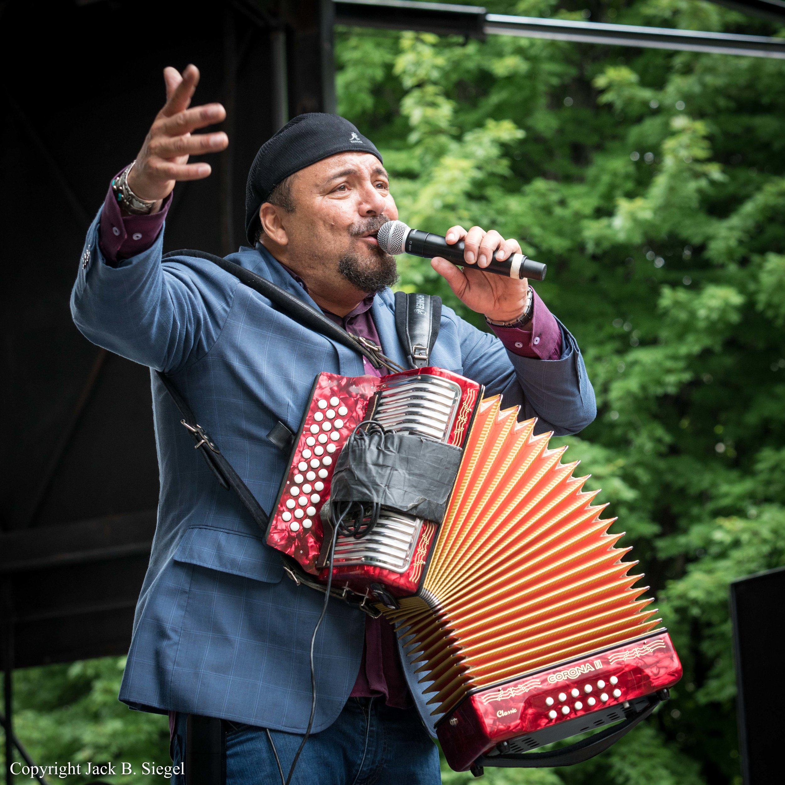 _DS28700_Copyright_Terrance Simien Brings Zydeco to Chicago.jpg