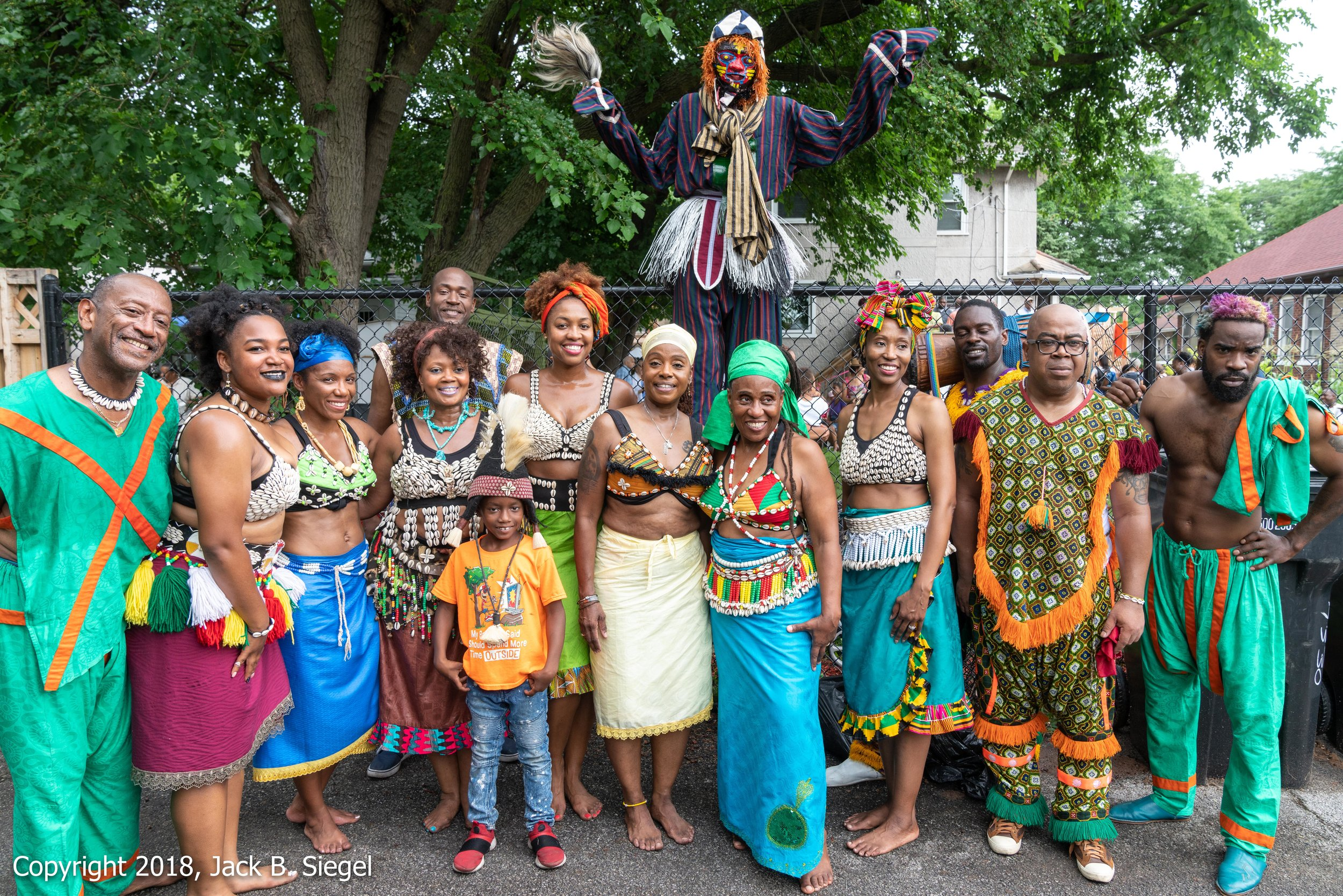 _DS18907PS__Copyright 2018 jpeg_Uche Omoniyi and the African Dance and Music Institute_.jpg