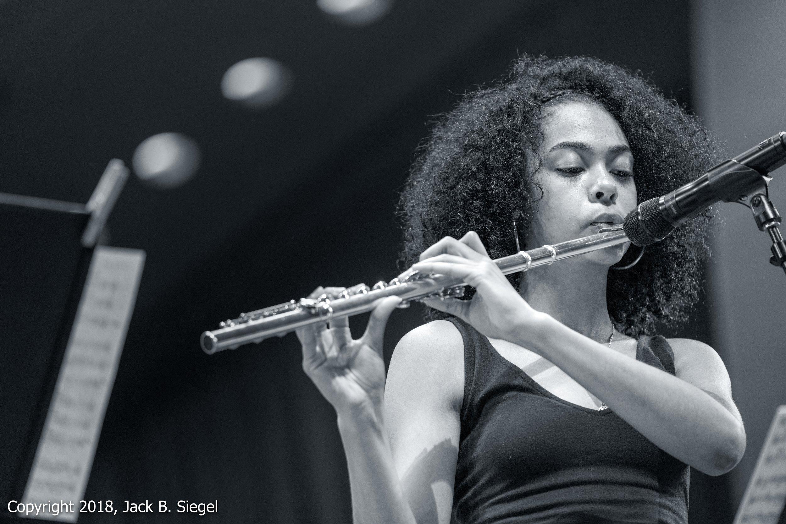 _DS13233PS__Copyright 2018 jpeg_Mayshell Morris with the Chicago Jazz Philarmonic.jpg