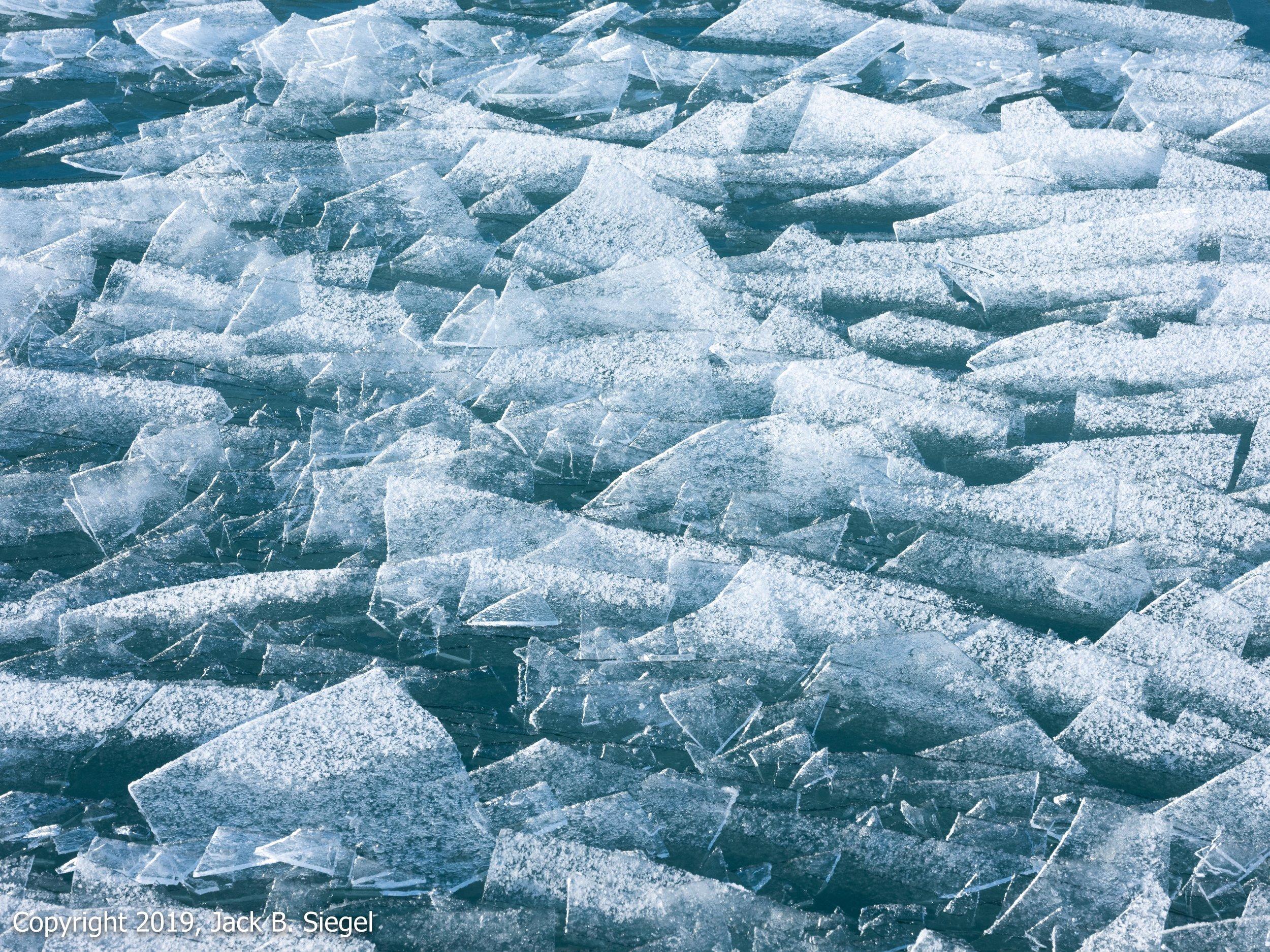 _DSF1417_Copyright 2018 jpeg_Ice on the Shore of Lake Michigan.jpg