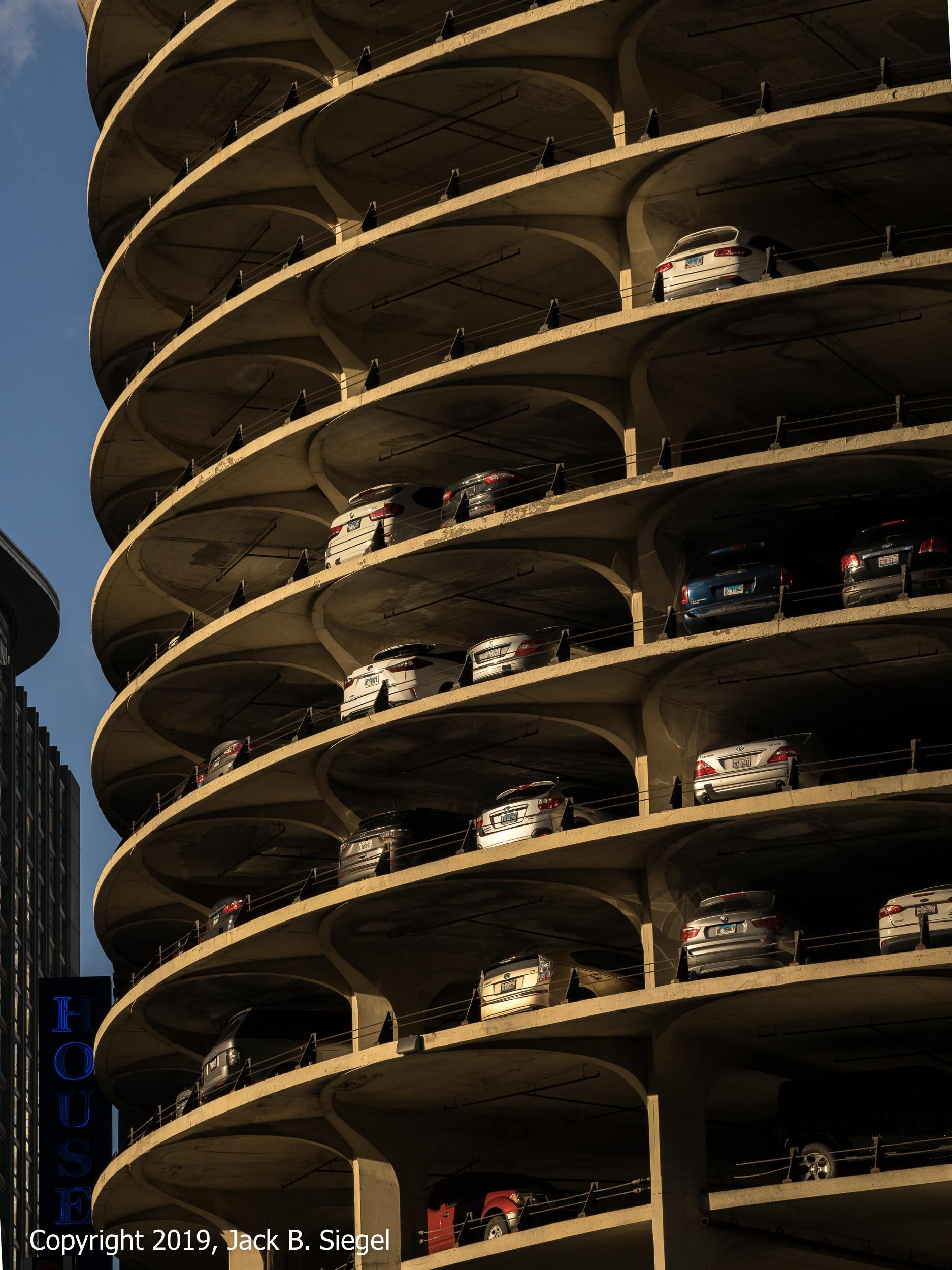 Bertrand Goldberg's Marina City Bathed in the Late Afternoon Light