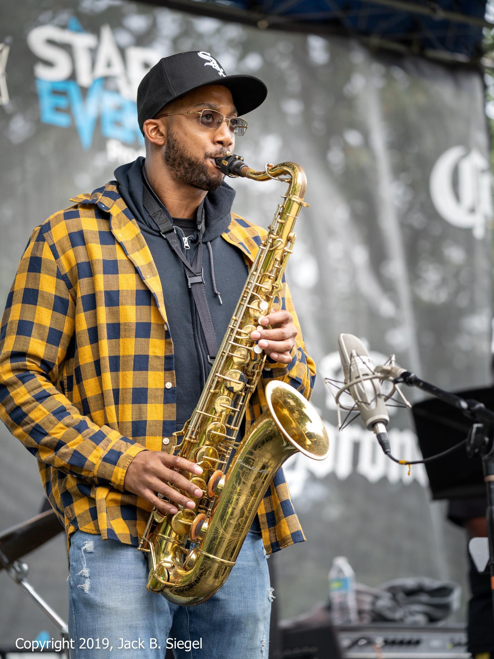 Irvin Pierce Leads his Quartet