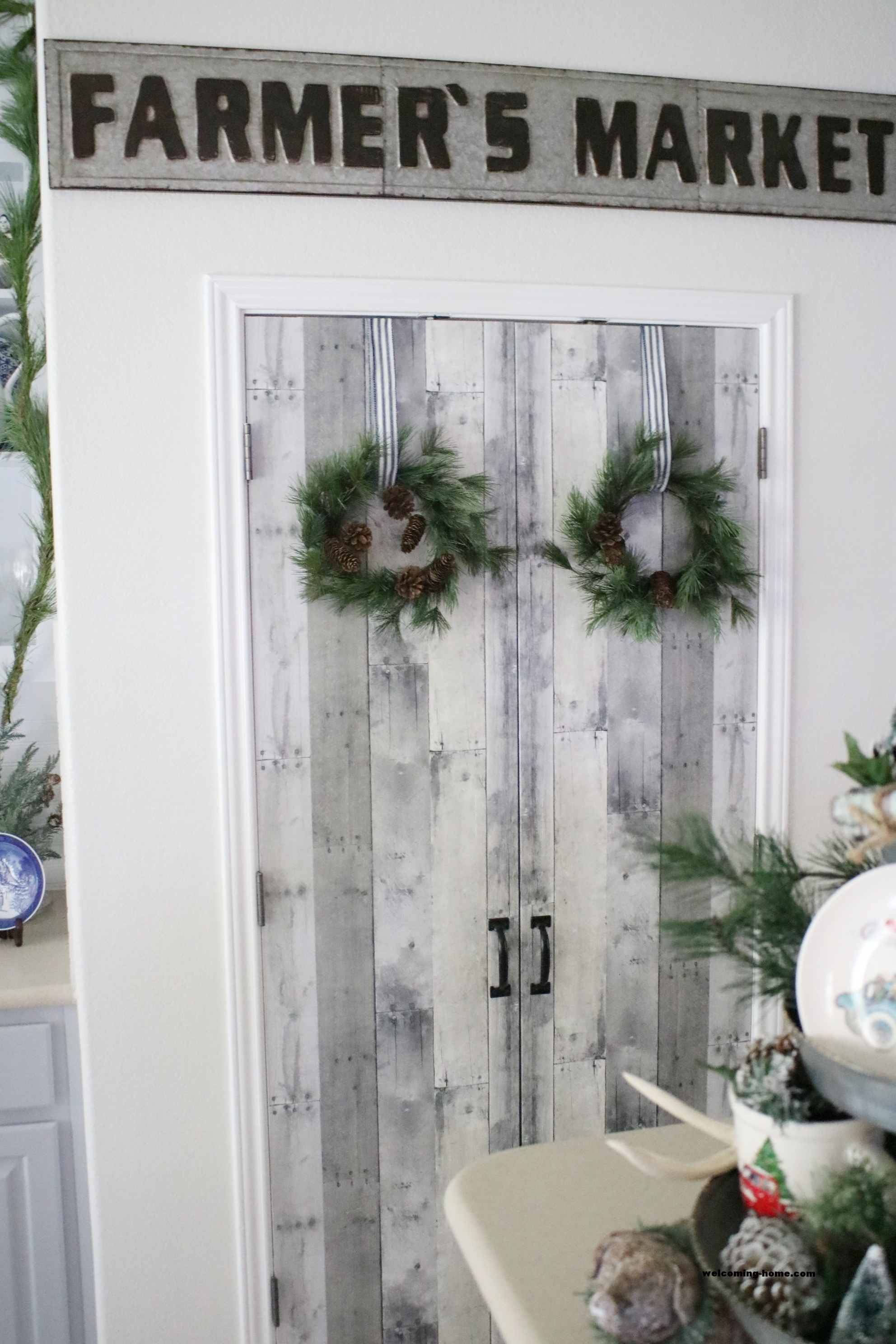finished faux doors2.JPG