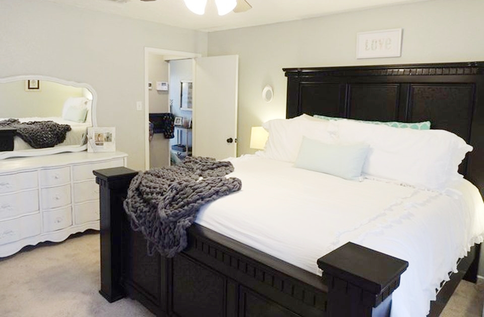 master bedroom on Neely.jpg