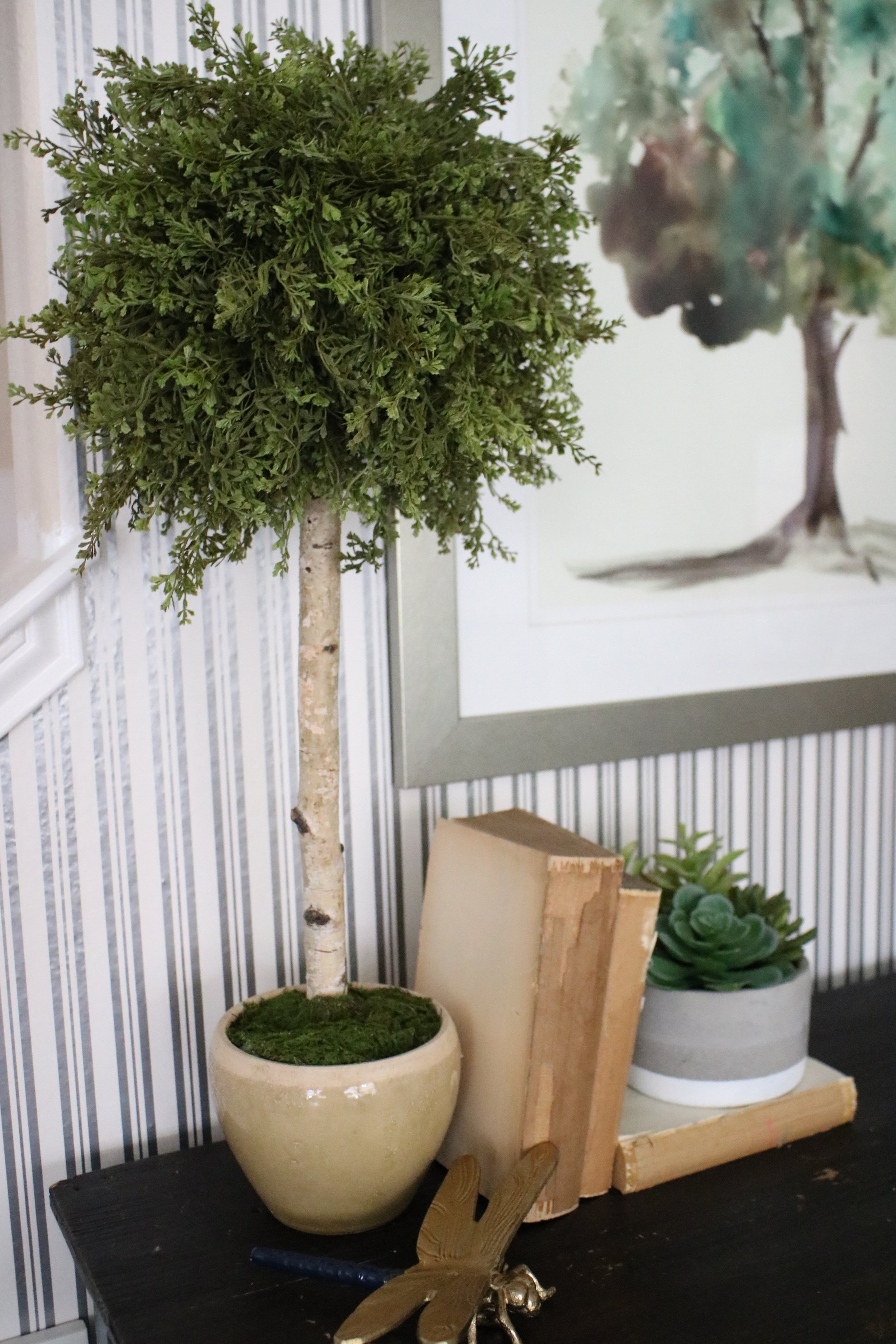 DIY Faux Topiary  - Here's my easy peasy steps to completing your very own topiary