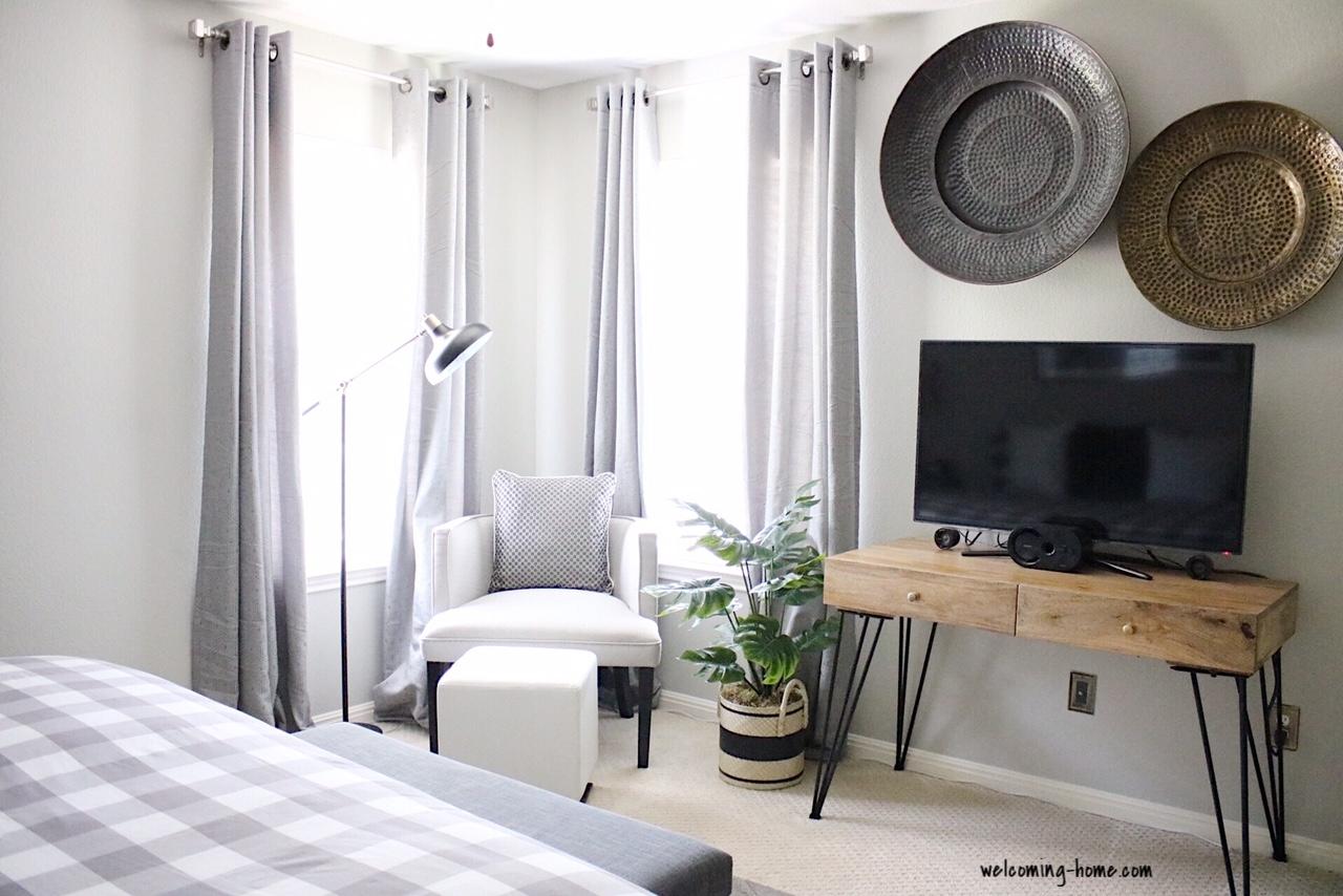 repose gray bedroom.JPG