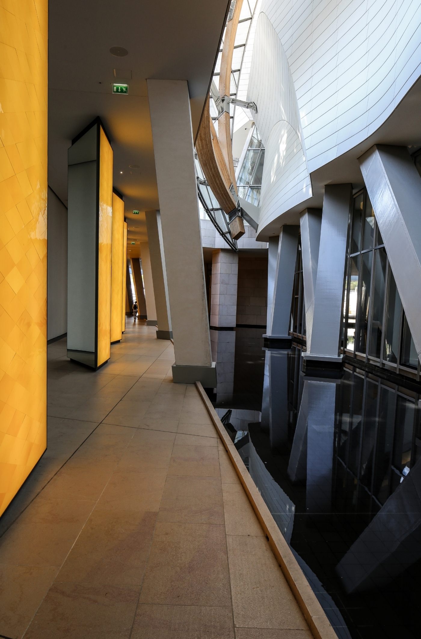 Fondation Louis Vuitton - Paris, France - Frank Gehry
