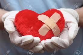 corazon con tirita.jpg