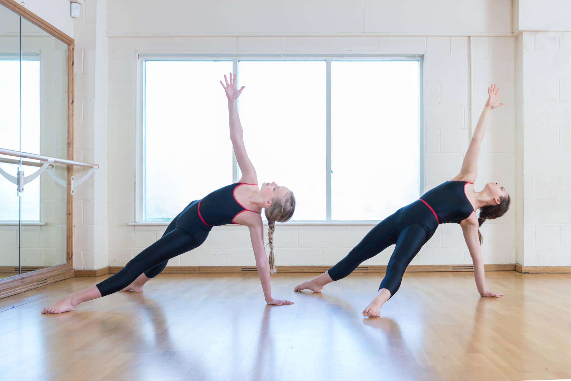 rnsd-modern-class-two-girls-pose-dance-studio-rutleigh-norris-school.jpg
