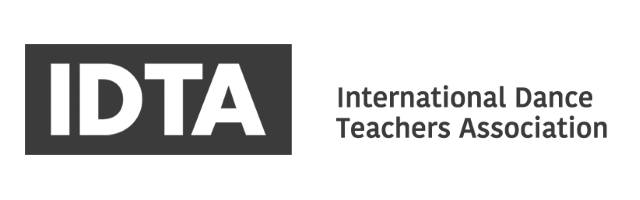 IDTA-logo-accredited-teachers-RNSD-b&w.png