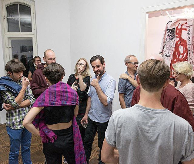 Opening night of Wymiana Exchange at @lokal_30 with artist #tymonnogalski #magdalenaangulska #opening #polishartists #contemporaryart
