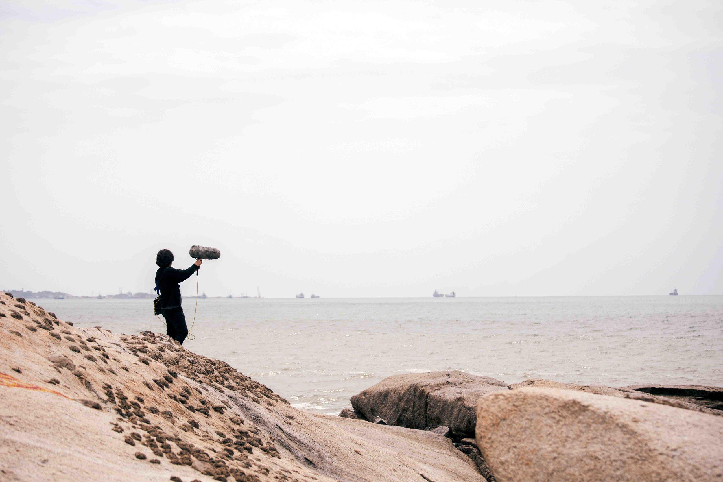 Field recording (Wang Fu-Jui) in Kinmen, 2018. Photographer: Jen-Chieh Liu