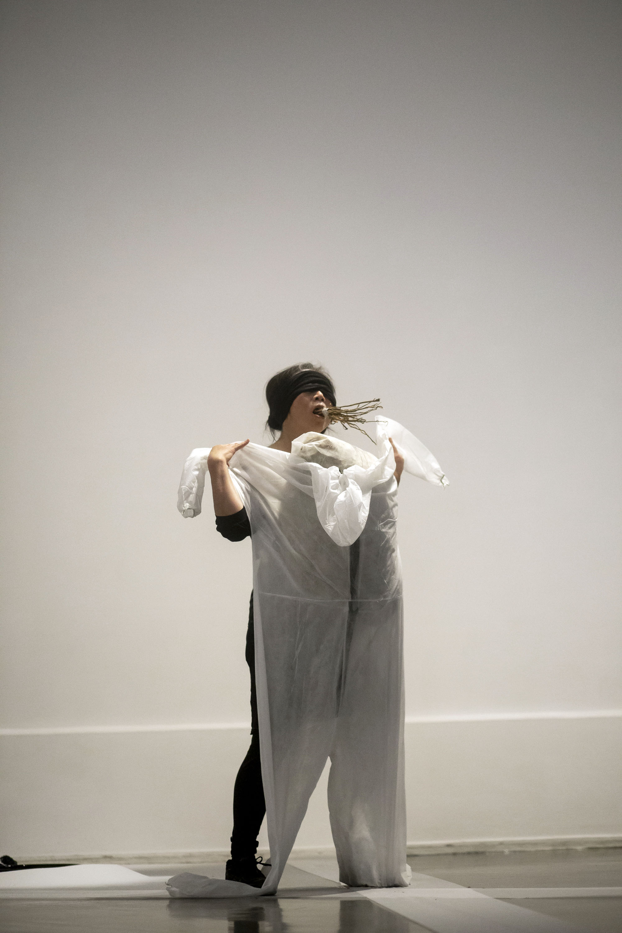Water timing - M serie MIRAGE (水時 - 海市蜃樓) by Ting Li-Ping (丁麗萍). Photographer: Lisa Ziegler