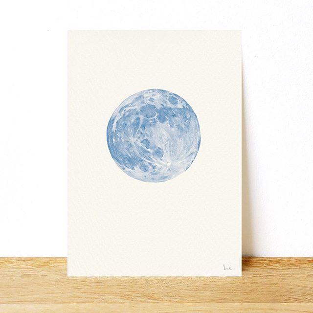 full moon tonight - this pigment ink print is available at my shop   @hiyokoimai  #pencildrawing #pencilillustration #tsuki #moon #artprint