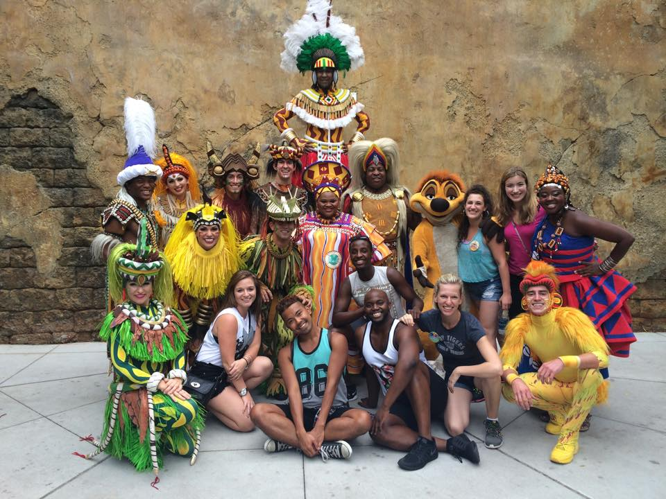 The cast of Sesame Street LIVE visits the cast of The Festival of The Lion King.