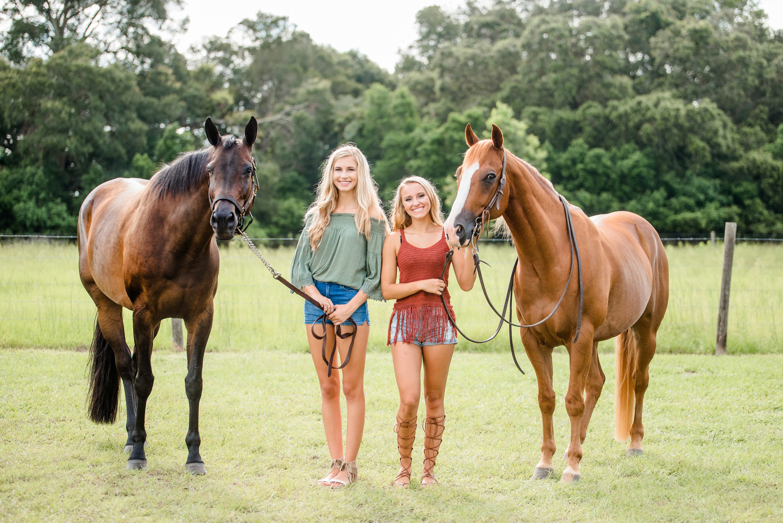 Lauren and Skylar have known each other nearly their whole lives. It was such a joy photographing them and their two horses. You can view Skylar's photos    here .
