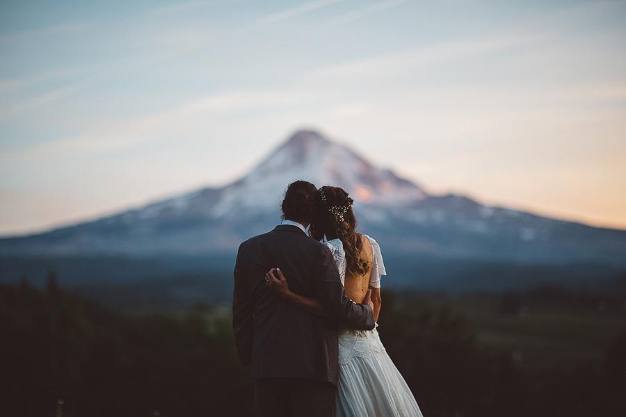Mt-Hood-Organic-Farms-Wedding-Photographs-140.jpg