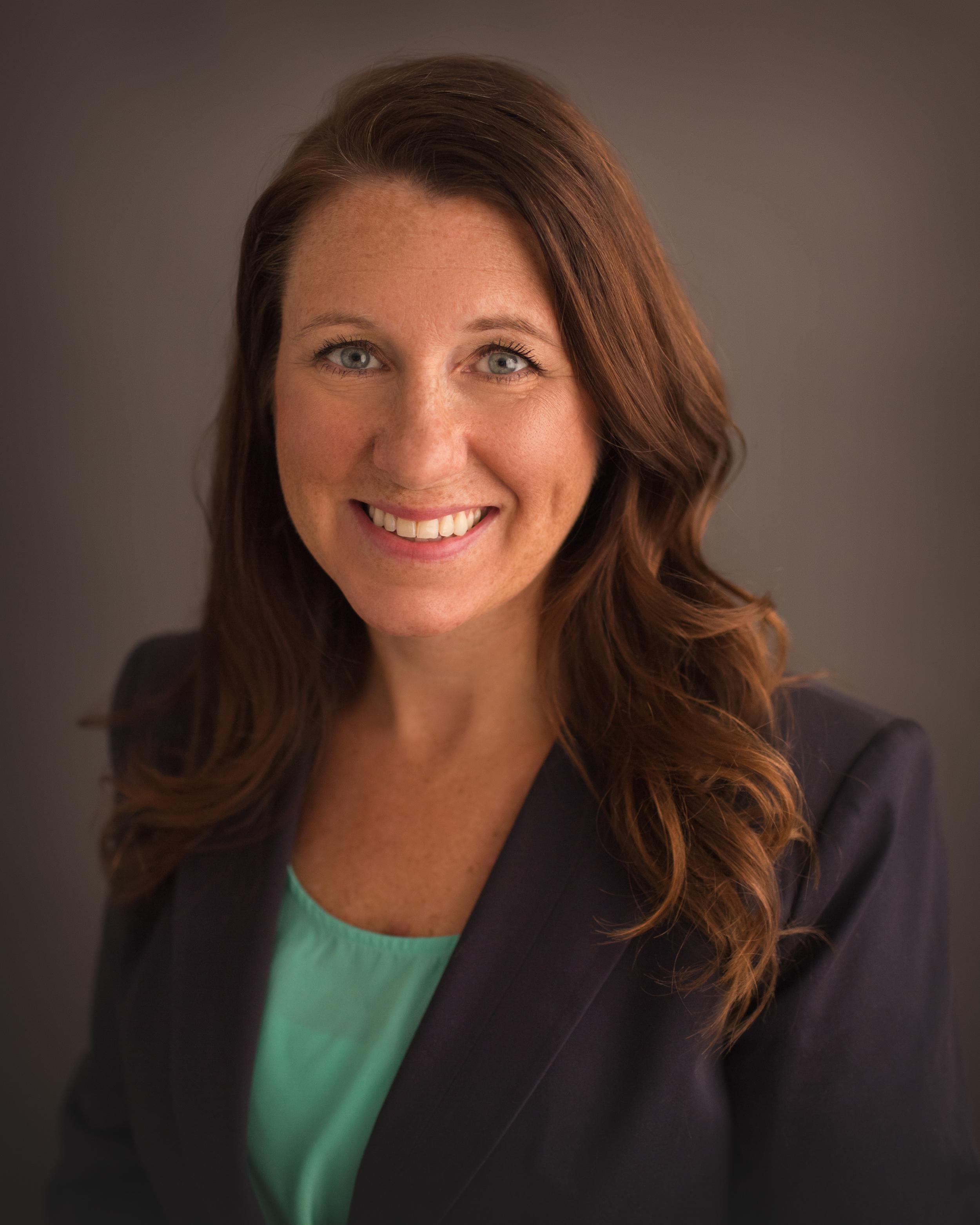 "<a href=""mailto:lgilbertson@summit-re.com"">Lisa Gilbertson</a>"